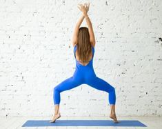 Along with other areas of the body, calves also play main role to enhance your beauty. So do daily exercises to get slim calves with great dedication. Best Calf Exercises, Thigh Exercises, Upper Leg Muscles, Calf Muscles, Slim Legs Workout, Workout Abs, Calf Raises Exercise, Slim Calves, Armpit Fat