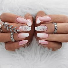 Unique nail ideas can be easily implemented on your nails. Why keep your nails natural? We have carefully collected 50 Unique Nail Ideas for you. Slide down the screen and enjoy it slowly. These top ideas will certainly excite you. Chic Nail Designs, Pretty Nail Art, Simple Nail Designs, Beautiful Nail Designs, Chic Nails, Stylish Nails, Rose Gold Nails, Yellow Nails, Glitter Nails