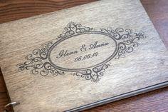 Wedding Guest libro, rústica boda libro de visitas, los libros personalizados, modificados para requisitos particulares, fecha de la boda y nombres de woodlack en Etsy https://www.etsy.com/mx/listing/187233783/wedding-guest-libro-rustica-boda-libro