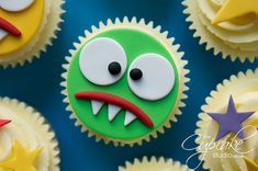 Monster birthday cupcakes for the kids who are very naughty.wanna have a pie! Kid Cupcakes, Wedding Cakes With Cupcakes, Easter Cupcakes, Halloween Cupcakes, Cupcake Party, Birthday Cupcakes, Cupcake Cakes, Themed Cupcakes, Monster Birthday Parties