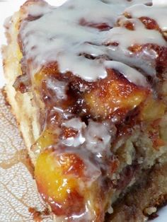 Breakfast or Brunch - Vanilla Peach Coffee Cake. Brunch Recipes, Sweet Recipes, Breakfast Recipes, Dessert Recipes, Fresh Peach Recipes, Peach Cake Recipes, Pound Cake Recipes, Breakfast Cake, Breakfast Casserole