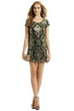 Slate & Willow Mae Sequin Shift from Rent the Runway. Shop more products from Rent the Runway on Wanelo. Vegas Dresses, Rent Dresses, Casual Dresses, Formal Dresses, Party Dresses, Semi Formal Outfits, Gold Dress, Sequin Dress, Dress Me Up