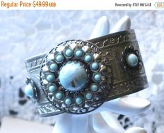 Vintage Faux Turquoise Bracelet May Be Art by LunasVintageDesigns