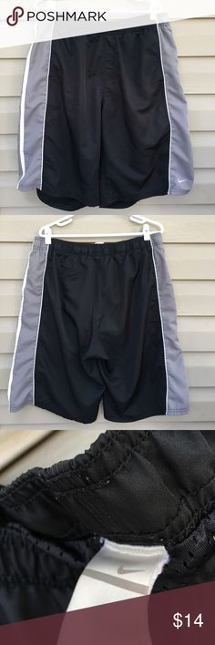 Nike men's shorts Nice lined shorts 100% polyester no snags, stains or holes Nike Shorts Athletic