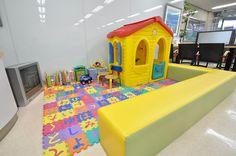 【藤和ハウス府中店 キッズスペース写真】 キッズスペースをご用意しているので小さなお子様がご一緒でも安心です! http://www.towa-house.co.jp/fuchu/