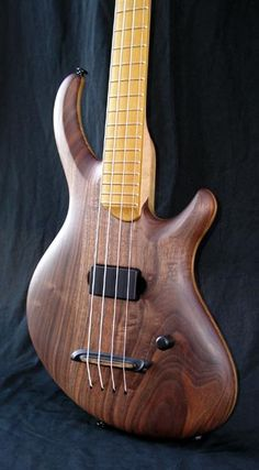 Hyperion VLM // Divine Jones Guitars... like the floating bridge