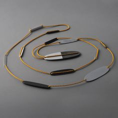 Necklace, Ovals II, 2014. Rita Rodner.