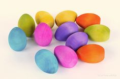 DIY wooden watercolor eggs, Easter craft, Easter kids craft, watercolor wooden Easter Eggs, watercolor Easter eggs