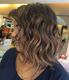 long wavy brunette bob with subtle ombre
