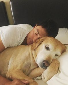 """43.9k Likes, 1,011 Comments - Daniel Henney (다니엘 헤니) (@danielhenneyofficial) on Instagram: """"My cure for jet lag❤️✈️"""""""