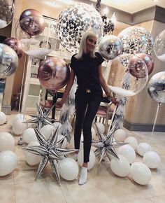 Ideas Party Decorations Birthday Sweet 16 For 2019 Gold Birthday Party, 21st Birthday, Birthday Party Decorations, Birthday Parties, Silver Party Decorations, 30th Party, Birthday Ideas, Balloon Garland, Balloon Decorations