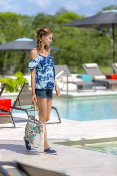 Sun, Sand & Romance - Kate ( Tricia Helfer) visits a summer resort to relax and get away from her busy worklife. Tricia Helfer Lucifer, Christian Movies, Away From Her, Hallmark Movies, Hallmark Channel, Original Movie, Hopeless Romantic, Summer Nights, Spring Summer Fashion