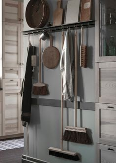 Suspendez vos accessoires d'entretien à Falsterbo dans la cuisine