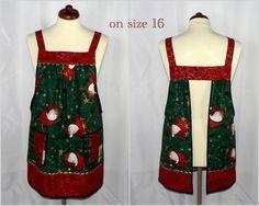 6848716262b Flying Santas Pinafore Apron Christmas no tie por LauriesGiftsBiz Delantales,  Delantal Pichi, Combinaciones De