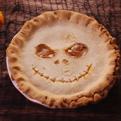 Jack Skellington's grin seals the deal on this wic Caramel Pie, Caramel Candy, Caramel Recipes, Fall Recipes, Desserts Caramel, Vegan Caramel, Caramel Brownies, Caramel Apples, Postres Halloween