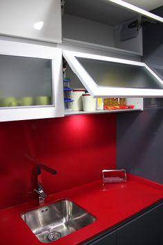 #diseño de #cocinas #linea3cocinas #madrid #vitrinas