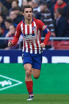 MADRID, SPAIN - DECEMBER Antoine Griezmann of Atletico de Madrid in action during the La Liga match between Club Atletico de Madrid and Deportivo Alaves at Wanda Metropolitano on December 2018 in Madrid, Spain. (Photo by Quality Sport Images/Getty Images) Soccer Cleats, Football Soccer, Football Players, Antoine Griezmann, Sports Celebrities, Sports Images, Football Wallpaper, Sports Activities, Sport Man