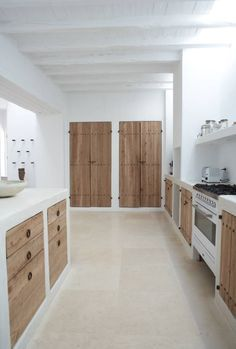 Home style country doors Ideas Home Decor Kitchen, Home, Rustic Bathroom Decor, House Interior, White Interior Design, Home Interior Design, New Kitchen Designs, Rustic Kitchen, White Interior Design Modern