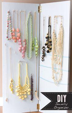 Cool jewelry organizer