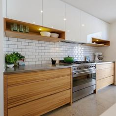 30 Fabulous Modern Kitchen Cabinet Design Ideas - Kitchen cabinets that hold and store pots, pans and other kitchen equipment have been the mainstay of any kitchen, throughout the ages. Kitchen Tiles Design, Kitchen Cabinet Design, Interior Design Kitchen, Home Design, Kitchen Designs, Design Küchen, Simple Kitchen Design, Backsplash Design, Kitchen Cabinet Doors Only