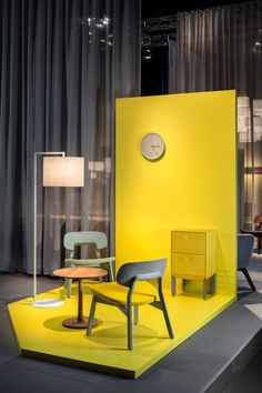 Milan Design Week 2019 - Ultimate Guide For Design Lovers - Salone del Mobile 2019 is almost here, while you wait get inspired by previous years editions! Furniture Showroom, Cool Furniture, Furniture Design, Furniture Stores, Furniture Movers, Showroom Design, 3d Interior Design, Photowall Ideas, Tv Set Design