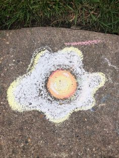 VSCO - My random chalk egg. VSCO - My random chalk egg., The sight of kids drawing on the pavement with sidewalk chalk is practically guaranteed to induce a, Art Sketches, Art Drawings, Easy Chalk Drawings, Sketch Drawing, Drawing Art, Tag Art, Chalk Photos, Chalk Wall, 3d Chalk Art