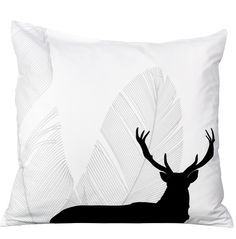 "by Brorson Pillow case ""Game & Feathers"""