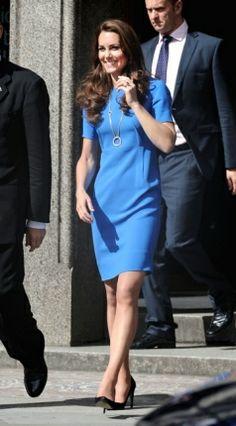 Kate Middleton sempre acerta, a rainha do Shift Dress http://vilamulher.terra.com.br/moda/estilo-e-tendencias/shift-dress-democratico-e-elegante-14-1-32-2777.html