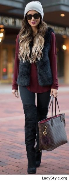 Black and burgundy outfit idea - LadyStyle