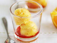 Der Drink mal etwas anders! Orangen-Sorbet mit Campari - smarter - Kalorien: 153 Kcal - Zeit: 25 Min. | eatsmarter.de