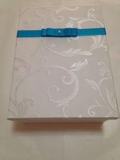 caixa convite para padrinhos forrada com tecido