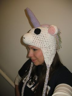 Craft Disasters and other Atrocities: Unicorn Hat- Free pattern!