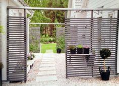Spalje ur Hus o Hem 5 2013 Outdoor Rooms, Outdoor Gardens, Outdoor Living, Outdoor Decor, Scandinavian Garden, Green Rooms, Paint Colors For Home, Garden Structures, Garden Gates
