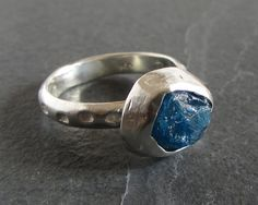 Sterling silver ring with rough apatite / apatite by ferosferio