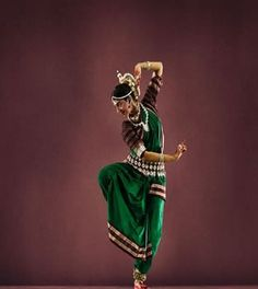 Odissi Dance - Pondicherry Heritage Festival Cluny Embroidery