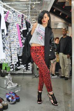 Rihanna-2012 :)