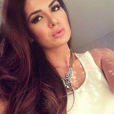 Kurdish Model - Noor