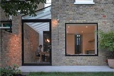 Billedresultat for side return extension victorian terrace Side Return Extension, Rear Extension, Extension Google, Extension Ideas, Terraced House, Exterior Design, Interior And Exterior, Casas Containers, Glass Extension