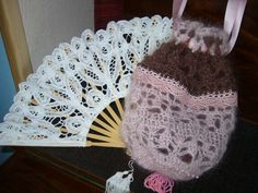 Reticule in pink and brown. Crochet. Beaded lace, beaded tassle. Designed and created by Jeannette de Meyer