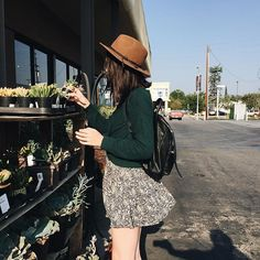 https://instagram.com/acaciabrinley/ Hanging with some green friends.