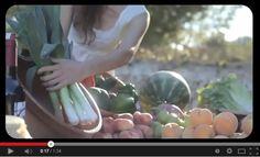 Compartimos un sensacional vídeo deMenorca Turismosobre los productos típicos de Menorca, repostería, quesos, embutidos ...