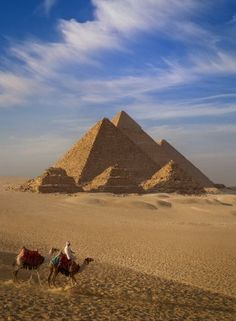 Clearly the pyramid indicates a one pointedness that focuses our eye up to higher realities www.ahaintelligence.com