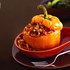 20 Low-Cal Slow-Cooker Recipes : Picadillo Stuffed Peppers http://www ...