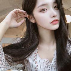Korean Beauty Girls, Pretty Korean Girls, Cute Korean Girl, Pretty Asian, Cute Asian Girls, Beautiful Asian Girls, Asian Beauty, Mode Ulzzang, Ulzzang Korean Girl