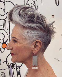 Grey Pixie Hair, Black Pixie Haircut, Short Blonde Pixie, Short Silver Hair, Short Grey Hair, Short Hair Styles, Pink Blonde Hair, Pastel Purple Hair, Cool Short Hairstyles