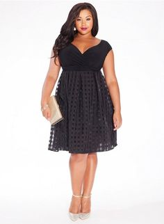 A wedding is a special occasion where you must get dressed in a formal and stylish way. If you have an upcoming wedding in spring or summer, you must find the perfect plus size dress