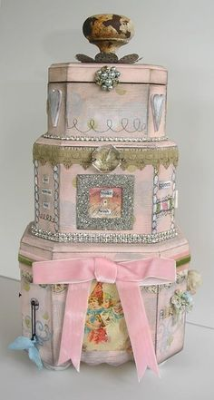 Embellish stacking hatboxes for gift wrapping #giftwrap #hatbox