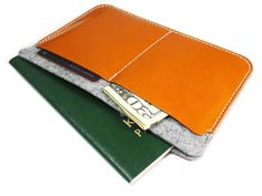 Amazon.com : [JAMCRAFT] Eclair.0 Brown Premium Handmade Passport Case / Wallet made of Top Grain Leather and 100% Wool Felt