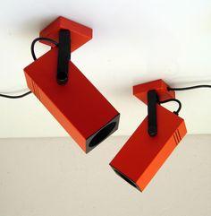 Orange / Red Vintage Retro