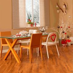 Win! The festive period offers the perfect excuse to gather your friends and family around a table to share good food, drink and laughter. Post a pic of your dazzlingly decorated rooms, ready to host the season's festivities, tag us and use #ChristmasWithKarndean for a chance to win £150* worth of @amazon vouchers! For full terms & conditions and more info on our super competition, simply click on the link in our bio (open to UK, USA, AUS & NZ residents, aged 18 & over). #Christmas…